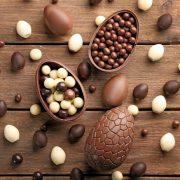 corso uova di cioccolato per Pasqua