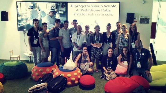 7 Foto finale con gli organizzatori e i colleghi dello Zanardelli