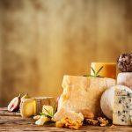 tipologie diverse di formaggi